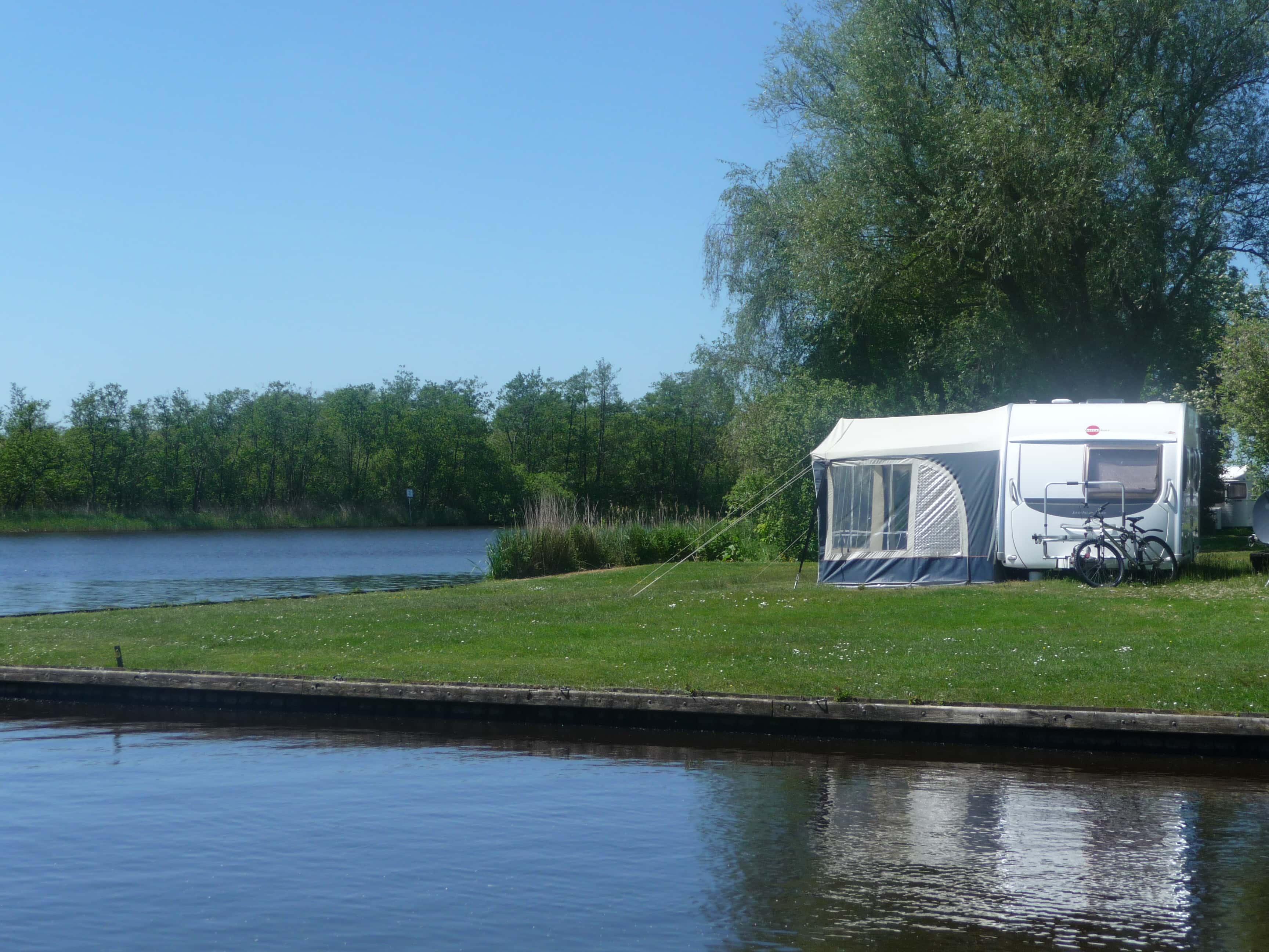 Kamperen aan het water - Campings Friesland