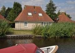 Vakantiehuizen aan het water in het hart van de Friese meren