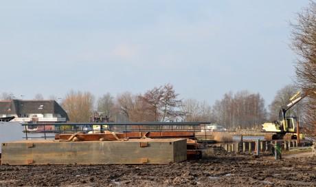 brug landtong in aantocht febr. 2013