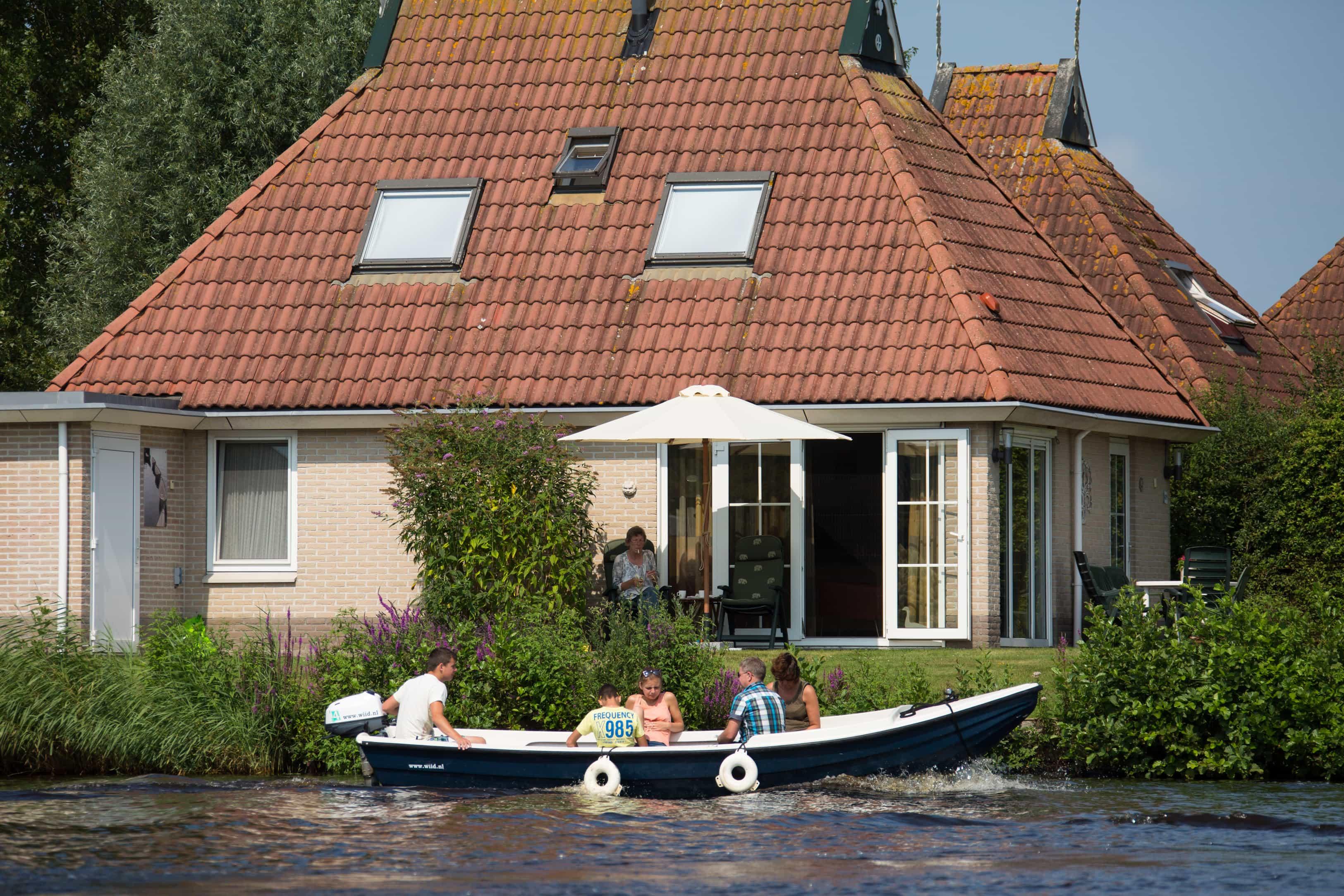 Vakantiehuis aan het water in Friesland