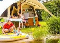 Aan het water kamperen in Nedeland