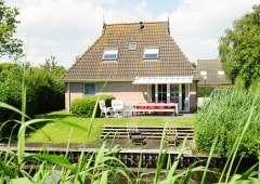 Vakantiepark in Friesland aan het water